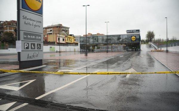 LIDL di via Acqua Bullicante sotto sequestro dopo mesi di proteste