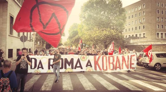 In migliaia in piazza a Roma al fianco del popolo Curdo